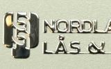 klistre-metallmerker-966pxl-1