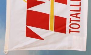 Silketrykket flagg -2 farger (rød + gul)